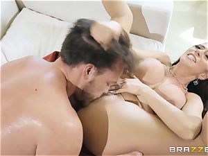 Ariella Ferrera taking it rock hard in her pussyhole