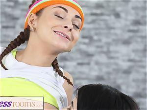sport rooms Pert petite teenager gym women