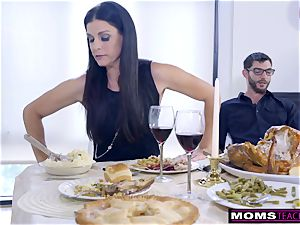 mom ravages sonny And tongues creampie For Thanksgiving handle