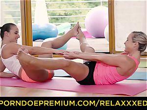 RELAXXXED g/g Amirah Adara torn up on yoga class