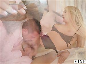 VIXEN Paralegal Has super hot fucky-fucky With customer