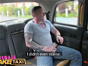 damsel faux cab Driver takes a facial cumshot for a fare