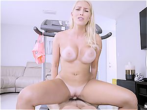 strong workout for Vanessa Cage's enormous booty