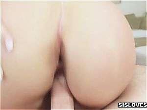 teasing and screwing my stepsister