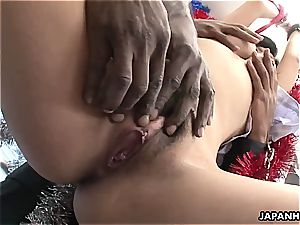 cockslut wails as she gets to be toyed by the black fellas