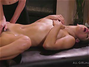 Abella Danger and Haley Reed scissor hookup makes them ejaculation