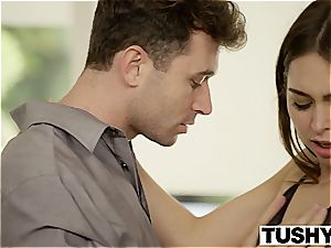 TUSHY Riley Reid first-ever double penetration