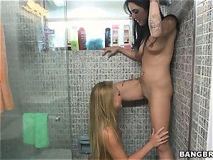 pearl slurping lesbos Alexa Aimes and Carter Cruise