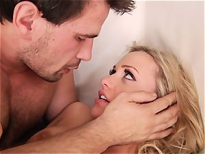 Rampant Mia Malkova luvs getting boinked rock hard and harsh