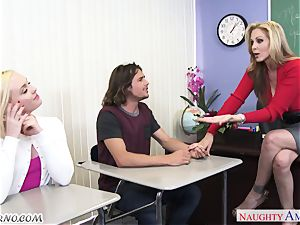 Mature buxom tutor educates its youthfull students