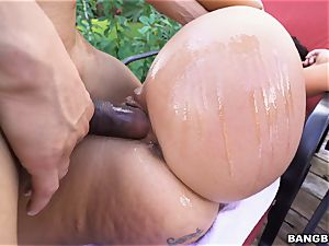 Victoria Banxxx screwed by a rock rock hard hard-on