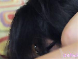 Oriental lesbian orgasms during scissoring