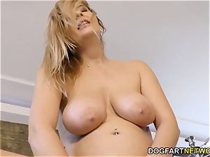 Candy Alexa Know How To blow And drill A enormous ebony rod