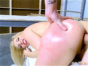 Smoking molten blond Ashley Fires penetrated in her brown sphincter