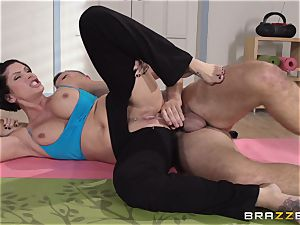 Shay Fox gets her cherry bootie pounded for the very first time