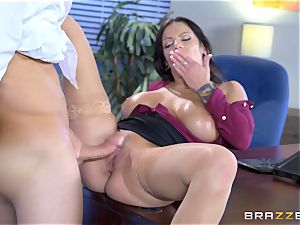 sugary big breasted honey Lylith Lavey getting torn up