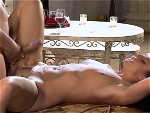 India Summers India Summers is luving the huge man sausage pleasing her hot gash har