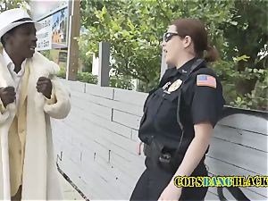 Shady pimp gets his schlong sucked and taken by ultra-kinky mummy cops