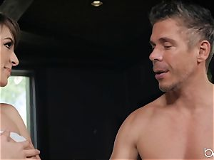 Kimmy Granger fucked by draped german masseur