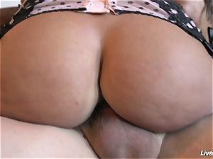 LiveGonzo Lisa Ann boinking ass-fuck Like a True cougar