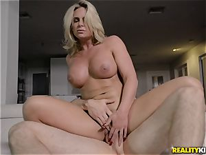 huge-chested blond Phoenix Marie cheating smash