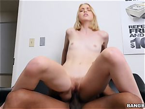 Chloe Couture wedged by a humungous black jizz-shotgun