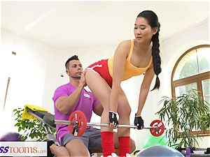 fitness apartments hard-core gym smashing and facial