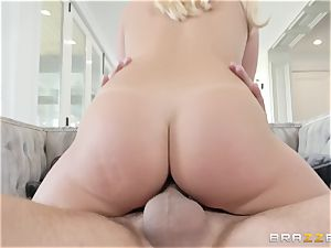 Bailey Brooke spreading her legs wide to get nailed