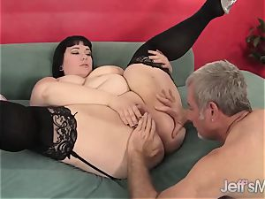 plump Alexxxis Allure Takes a immense meatpipe