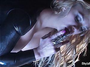 buxom blondie Shyla's smoking super-fucking-hot tease